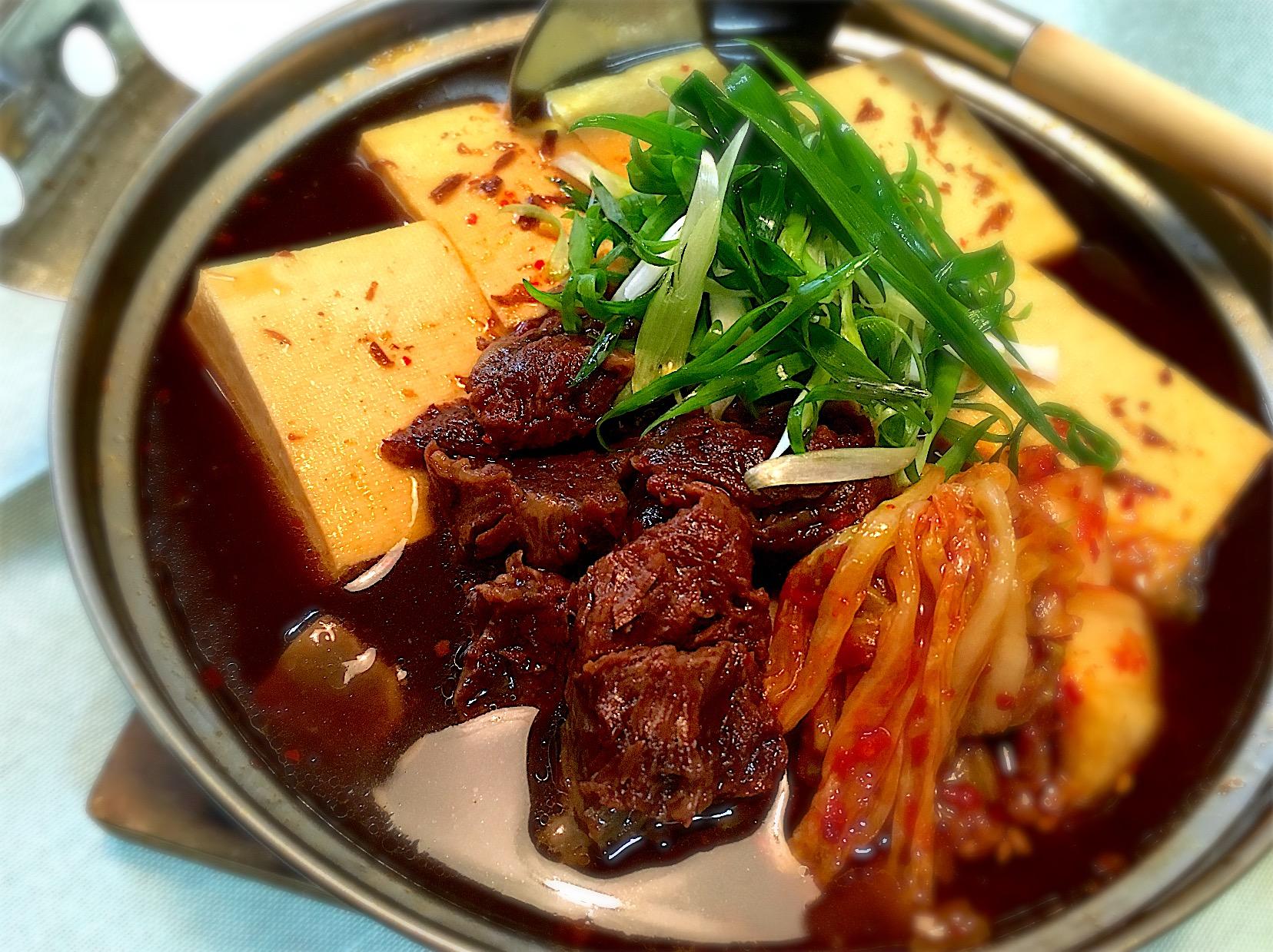 甘辛!牛スジとキムチの肉豆腐